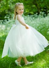 Valkoinen prinsessamekko