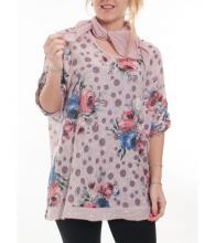 Vaaleanpuna-kukallinen paita huivilla