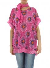 Pinkki-kukallinen paita huivilla