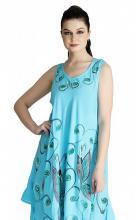 Turkoosi mekko perhosilla