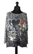 Mikki paita leopardikuviolla